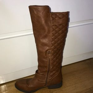 Light brown boots & black boots